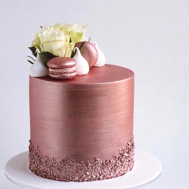 Wir lieben die Kunst von @jycakedesigns. Ist das nicht Roségold Kuchen nur divi …   – Thermomix