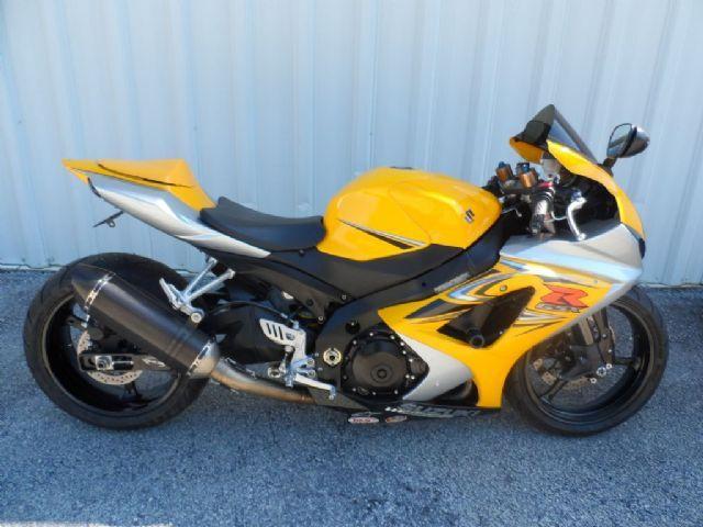 2007 Suzuki GSX-R1000 Sportbike , Yellow, 17,379 miles for sale in Elberton, GA