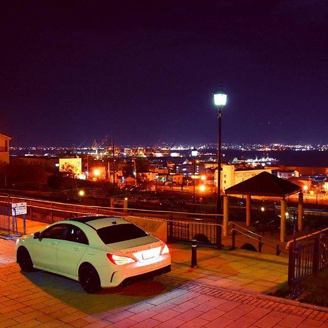 Instagram【hasshi0620】さんの写真をピンしています。 《#函館 #元町公園 #紅葉 #秋 #夜景 #nightview #autumn #autumnleaves #mercedes #benz #japan #Japanese #北海道 #風景#景色 #cars #instacars #mycar #carlove #cla250 #ファインダー越しの私の世界 #写真好きな人と繋がりたい #beautiful #cool》