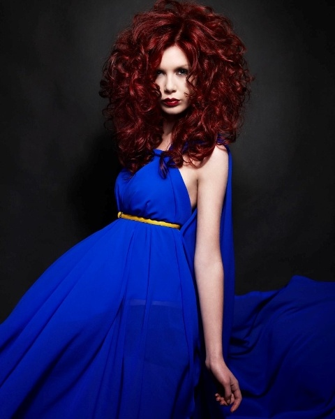 Abacus Hair Studio offers an exceptional service to all of our clients through a dynamic blend of style, fashion and traditional values of service and care.