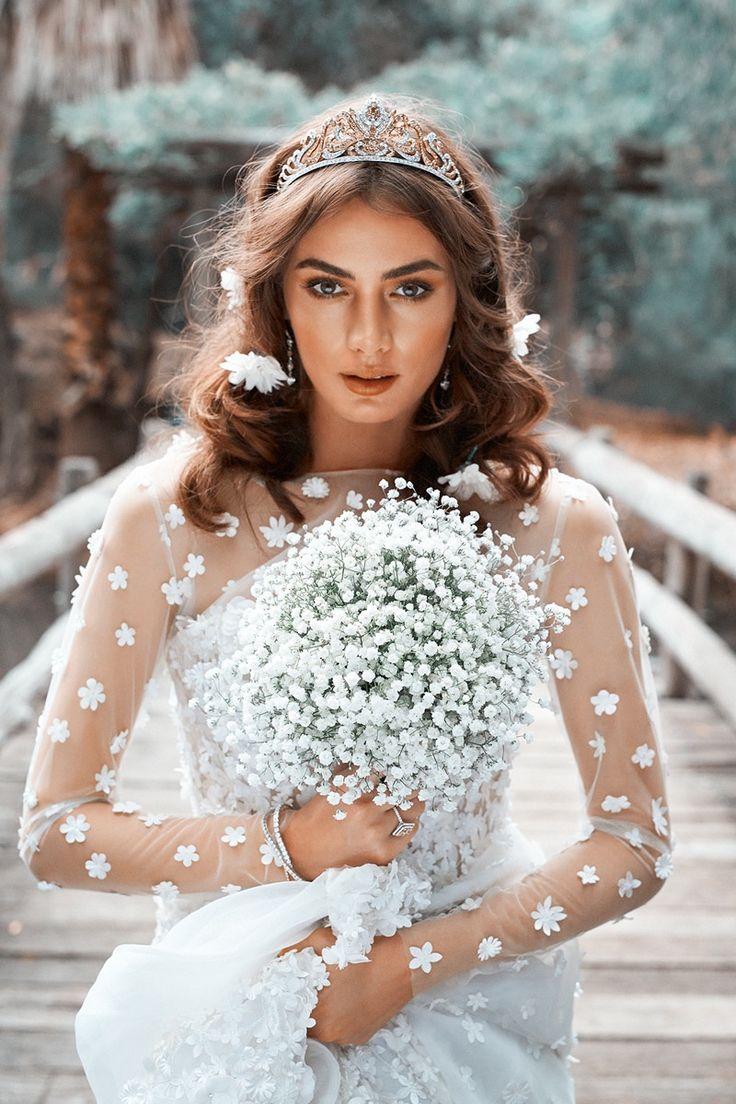 Britt Nichols wears bridal style for Sunday Times Magazine Australia