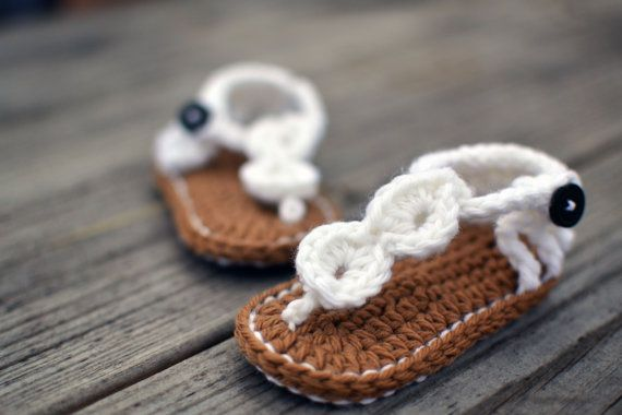 Hand Crochet Baby Booties - White Baby Sandals - 6-12 Month - Crochet Sandals - 100% Wool All Natural Fibers - SALE