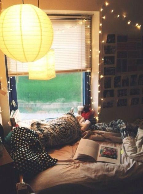Cool dorm room lighting!