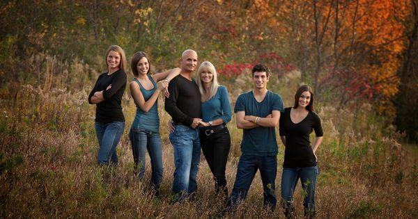 Older sibling photos, Older siblings and Sibling photos on Pinterest