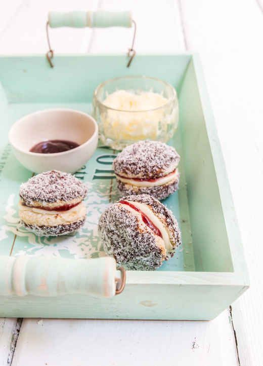 Lamington Biscuits - a twist on classic Aussie treat #Australia #food