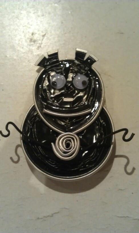 Broche de nespresso y alambre