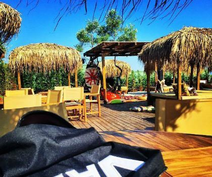 Elephant beach bar, Pefkochori, Halkidiki, tel. 6987012321