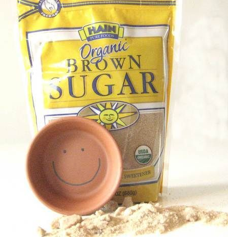 Say Goodbye to Clumpy, Hard Brown Sugar (for 30 cents)