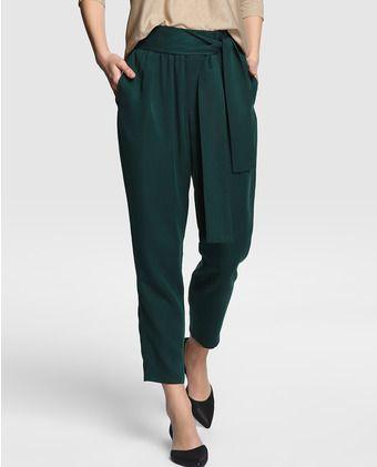Pantalón de mujer Elogy en tencel en color verde oscuro
