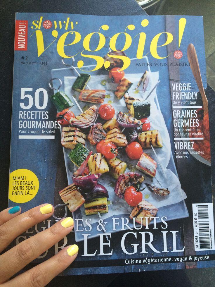 Slowly Veggie #kurebazaar #slowlyveggie #vegan #nails #color #vegetarian #magazine #cover #turkoise
