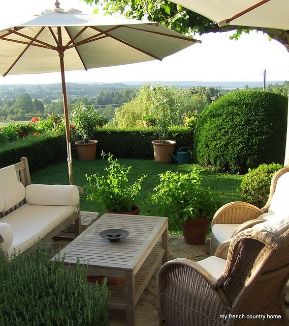 Mejores 105 im genes de muebles de jardin en pinterest for Muebles para patios y jardines