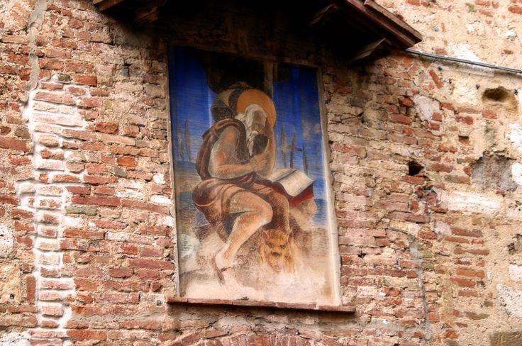 Ancient Wall Art, Montepulciano, Tuscany, Italy www.italyunfettered.com