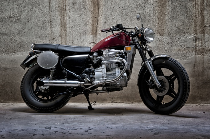 #custom #motorcycles Motorecyclos bikes Brit-Brum #scrambler based on #Honda cx 500