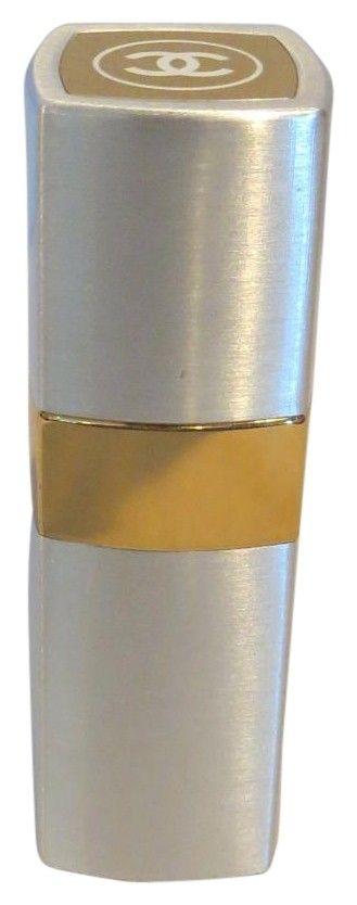 Chanel No.19 Paris 1.7oz Eau De Toilette Perfume Spray Refillable - Brushed Metal Casing - Unusual. Free shipping and guaranteed authenticity on Chanel No.19 Paris 1.7oz Eau De Toilette Perfume Spray Refillable - Brushed Metal Casing - Unusual at Tradesy. CHANEL No.19 Paris 1.7 Fl. Oz /50 ML Eau Premiere ...