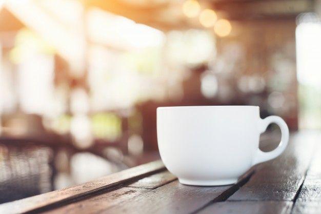 Чашка кофе в кафе, стиль винтаж. Бесплатные Фотографии