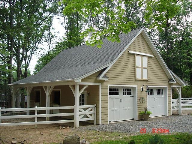 small horse barns -