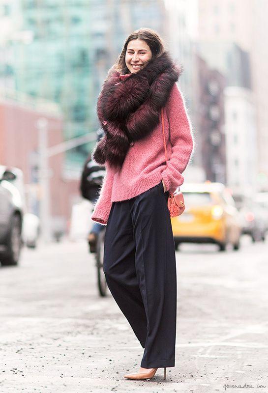 Felicity Sargent, street style, fur stole, pink, New York City / Garance Doré