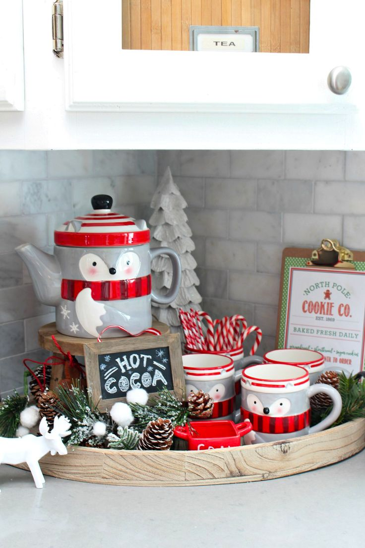 Christmas Decor Ideas For Apartment Living Room: Best 25+ Christmas Kitchen Decorations Ideas On Pinterest