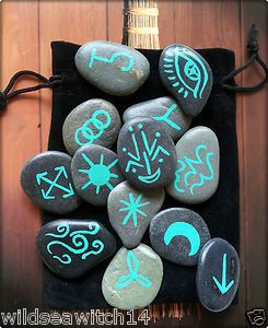 13 Welsh SEA STONE, WITCHES RUNES & POUCH ~ Witch Pagan Faerie WICCA Rune Stones