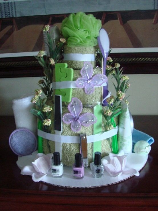 spa gift towel cake