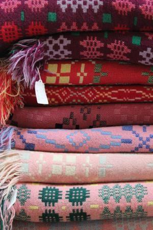 JANE BECK WELSH BLANKETS. Vintage Welsh tapestries. Ty Zinc | Llwyn y Groes, Tregaron SY25 6QB, Wales