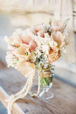 Свадебные тренды 2015 - пастельные цвета, букет невесты