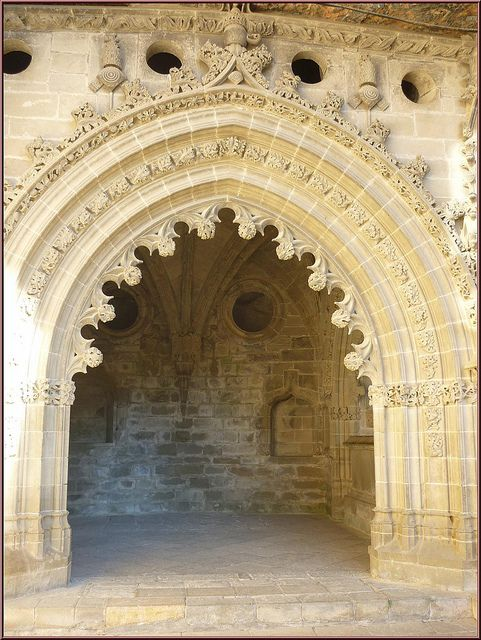 Monasterio de San Juan de la Peña ,Claustro ,Huesca,Aragón,España