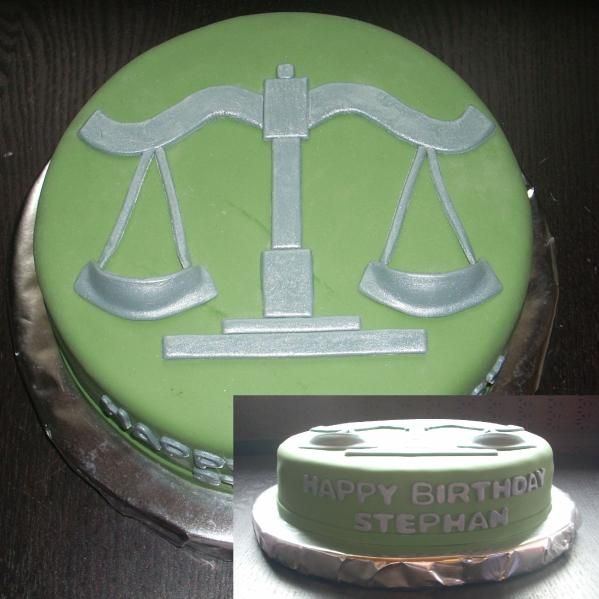 Scales of Justice cake. Sooo cute for Law School Graduation and or passing of the Bar celebration cake. :D