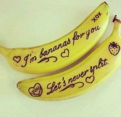 Write notes on your boyfriend's banana for a cute and easy romantic gesture!