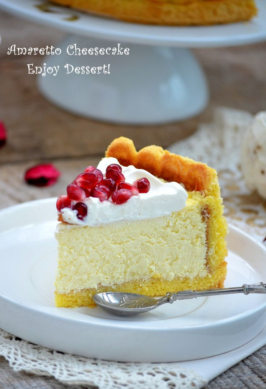 Reteta de cheesecake cu mascarpone, amaretto si rodie. Amaretto and pomegranade cheesecake recipe