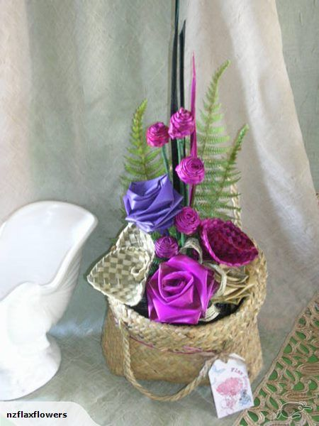 Designer Flax Tea Roses & Flax Flower Kete Arrangement ~ Made by Flax Bouquets ``Designer of Flax Tea Roses and Flax Flowers♥  facebook / flaxflowers / Flax Bouquets Weddings # home decor # Flax # Harakeke # New Zealand # weaving #