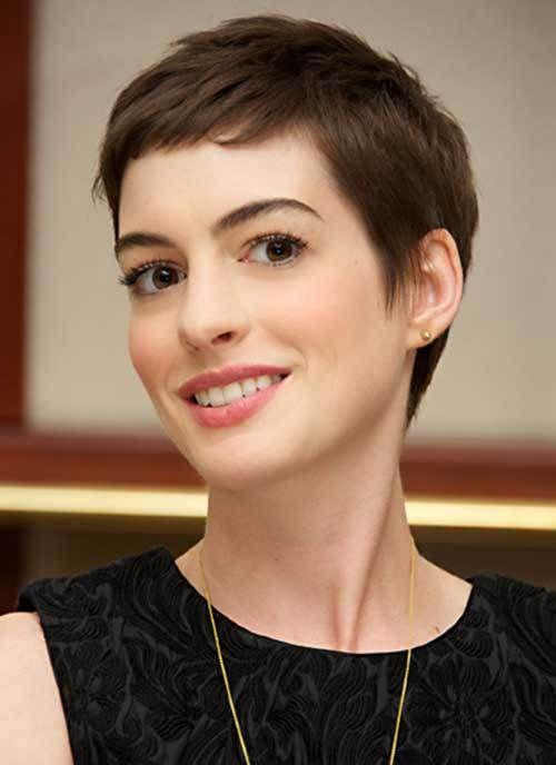 15 Best Anne Hathaway Pixie Cuts: #5. Anne Hathaway Cute Short Pixie Cut