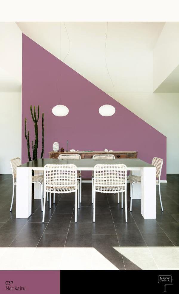 Jadalnia w kolorze fioletowym