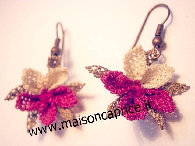 bellissimi orecchini in seta a forma di fiore fatti a mano ad ago, beautiful silk earrings hand made