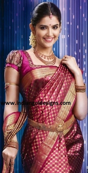 Lovely pink bridal saree with nice, simple details.