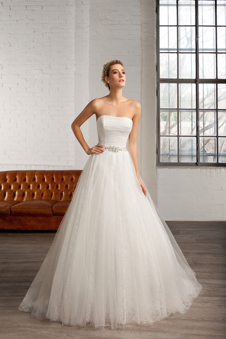 Cosmobella Style 7755: Cosmobella wedding dress 2016 collection : https://www.itakeyou.co.uk/wedding/cosmobella-wedding-dress-2016 #weddingdress #weddingdresses