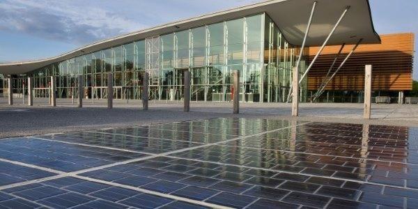 Em vez de asfalto, painéis solares: França inaugura sua primeira estrada solar - greenMe.com.br