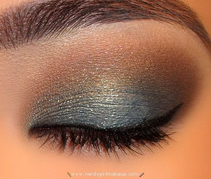 Steel Blue and Brown eye makeup. This is exactly what I have been looking for!