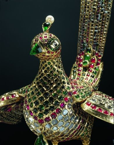 Gemstones, gold. Bird of paradise c. 1787-91. Deccan Sultanate. India