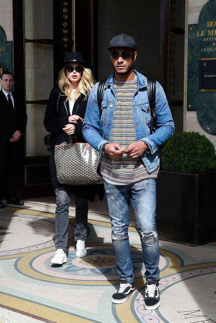 #DoutzenKroes, #Hotel, #Husband Doutzen Kroes and husband Sunnery James leaving the Meurice Hotel in Paris, April 2017 | Celebrity Uncensored! Read more: http://celxxx.com/2017/04/doutzen-kroes-and-husband-sunnery-james-leaving-the-meurice-hotel-in-paris-april-2017/