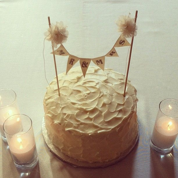 Cake Ideas For One Year Anniversary : Photo by josevilla   Instagram Idea for our one year ...