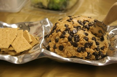 Peanut Butter Cheese ball with graham crackers for partys