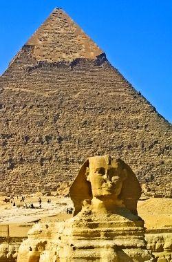 Egito...as misteriosas pirâmide e a magnifica esfinge...maravilhas do nosso mundo antigo