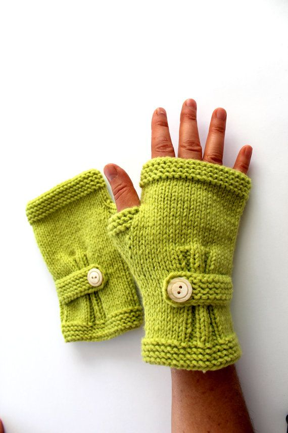 Hand Knitting Fingerless Gloves
