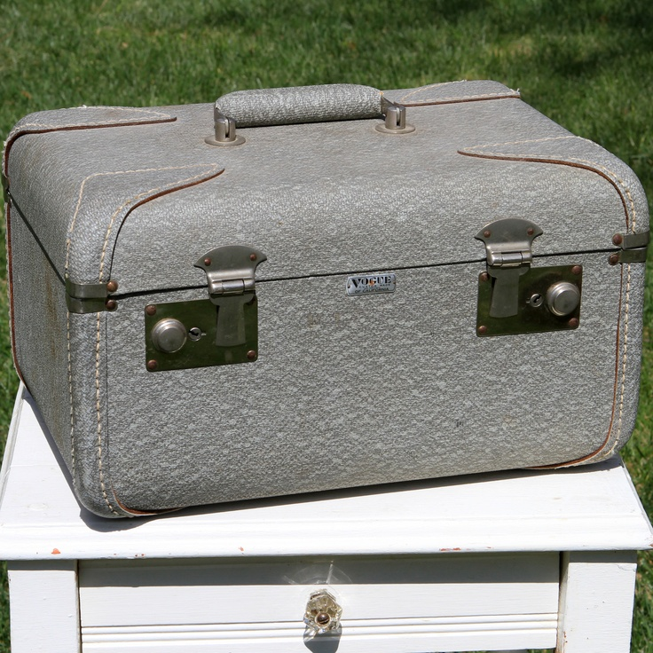 Vintage grey overnight suitcase forevervintagerentals for The vintage suitcase