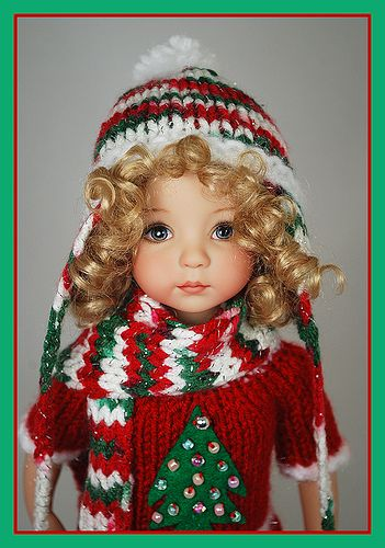 red5, Christmas attire, Dianna Effner doll