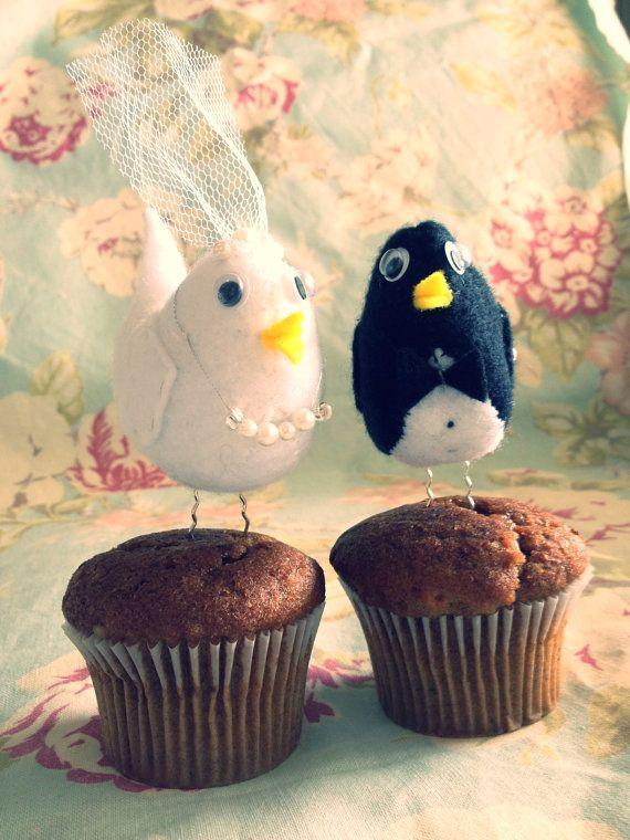 Felt Love Bird Cake Toppers by KinksCreations on Etsy, $25.00 #lovebirds #caketoppers