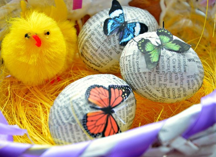Easter paper eggs https://www.facebook.com/pages/Handmade-by-Asia-Z/900838673269574?fref=photo