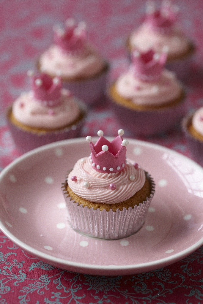 Princess Cupcakes - will do blue though for Cinderella