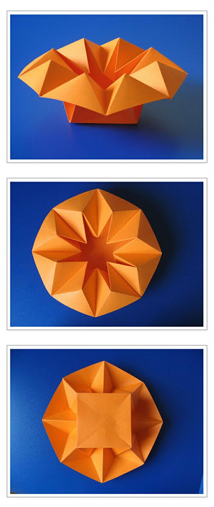 Origami: Vaso stella - Star Vase, from one uncut square of copy paper, 21 x 21 cm. Designed and folded by Francesco Guarnieri, April 2010. Link CP: https://guarnieri-origami.blogspot.it/2013/01/vaso-stella.html